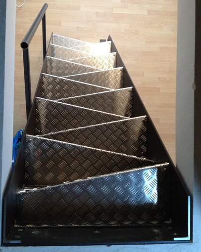 schlosser schlosserei metallbau metallm bel metall. Black Bedroom Furniture Sets. Home Design Ideas